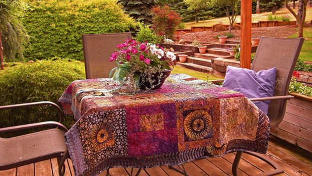 quilting-terms-what-are-batiks-what-is-a-batik-quilt