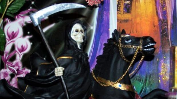 i-love-my-black-robed-santa-muerte-on-horseback-statue