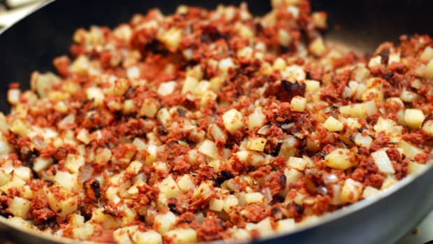 corned-beef-hash-a-great-breakfast