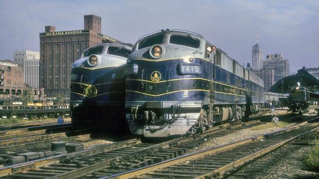 railroads-that-built-america