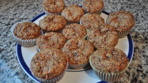 bobs-red-mill-organic-flaxseed-meal-product-review-and-amazing-muffin-recipe