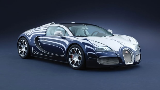 bugatti-white-gold-supercar-worth-16m-made-of-porcelain