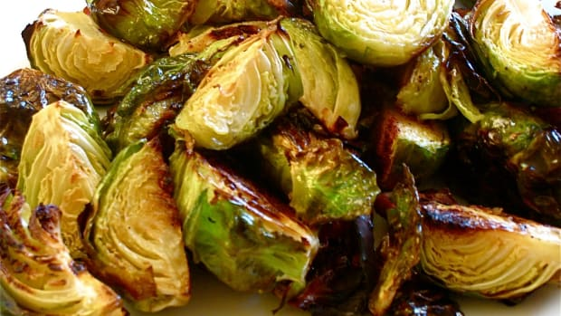 roasted-brussel-sprouts-with-balsamic-vinegar