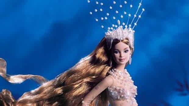 barbie-dolls-mermaid-style-celebrating-the-mysteries-of-the-deep-seas