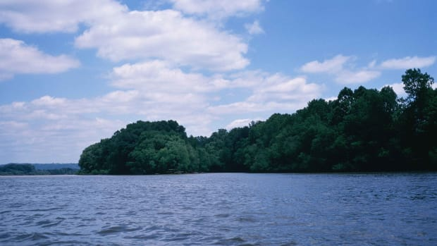 ohio-river-tours-from-shawnee-lookout-to-east-liverpool