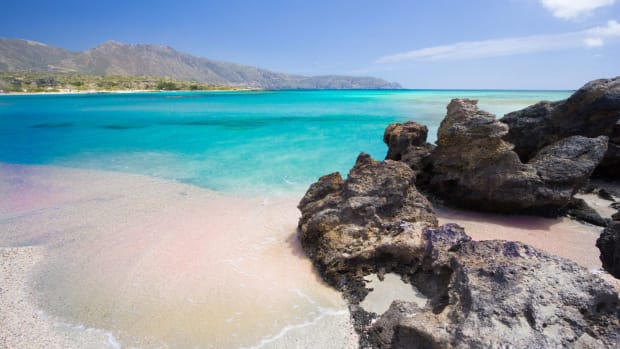 five-reasons-to-visti-greece-this-summer