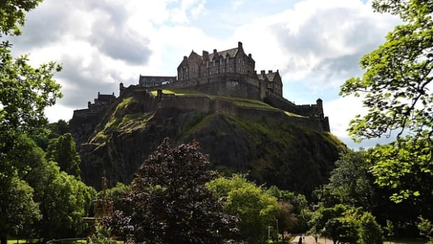 beautiful-edinburgh-capital-of-scotland