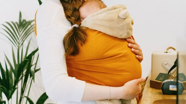 benefits-of-baby-sling-or-baby-carrier-or-baby-wearing