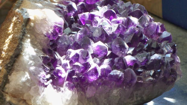 what-crystals-should-i-use-for-calming