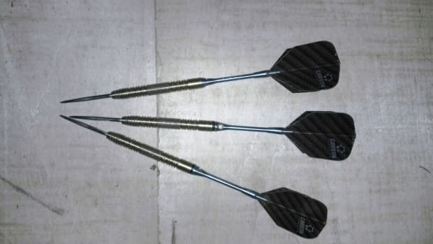 how-to-shoot-good-darts-guide-for-newbie-dart-players
