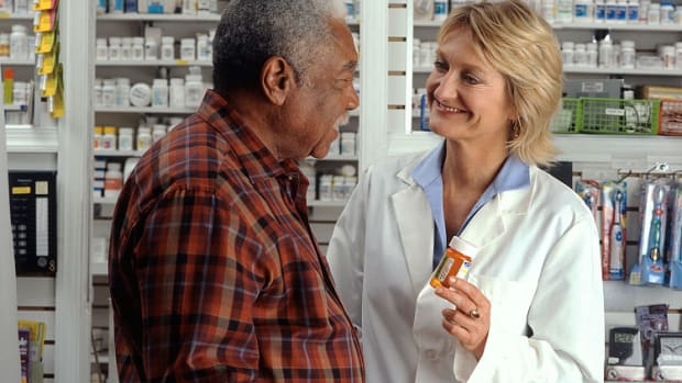 how-does-a-pharmacy-work