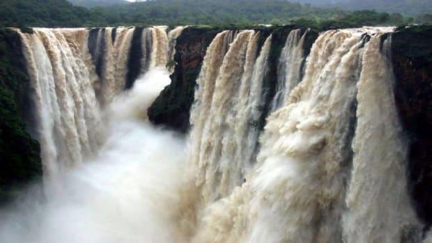 top-10-most-beautiful-waterfalls-in-india