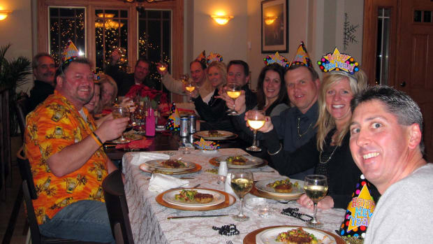 how-to-plan-a-progressive-dinner-party