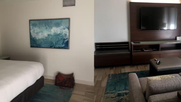minimalist-home-inspiration-the-hotel