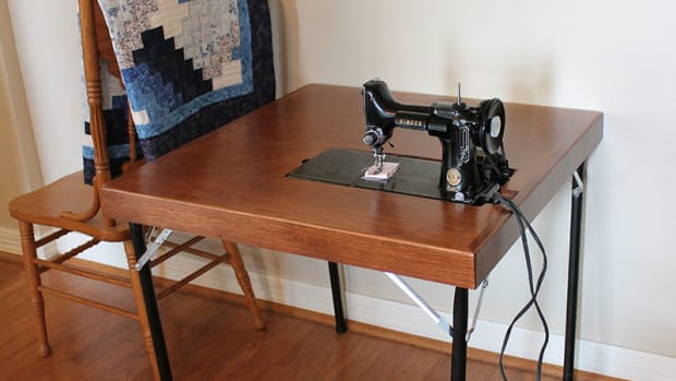 singer-folding-card-tables-221-featherweight-301-reproduction-table