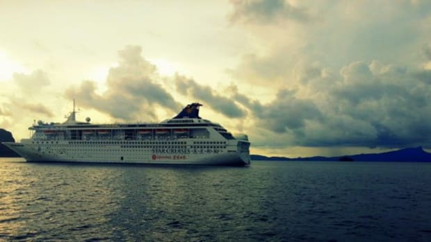star-cruises-superstar-libra-ship-activities-and-entertainment-that-you-have-to-pay