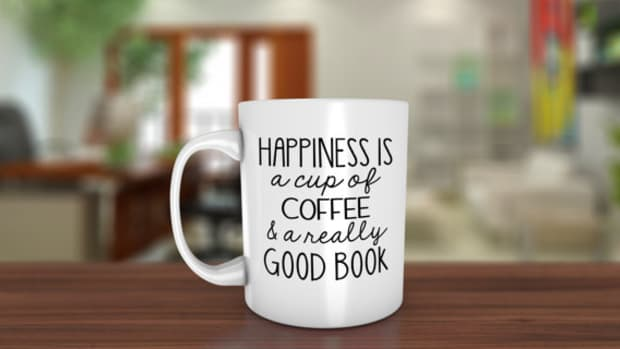 coffee-mugs-for-book-lovers