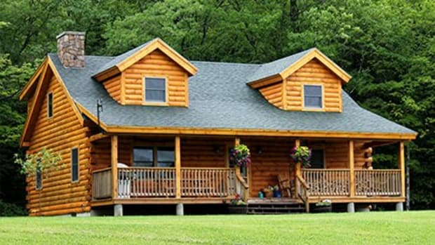log-cabin-plans-1500-square-feet-loft-wraparound-porch