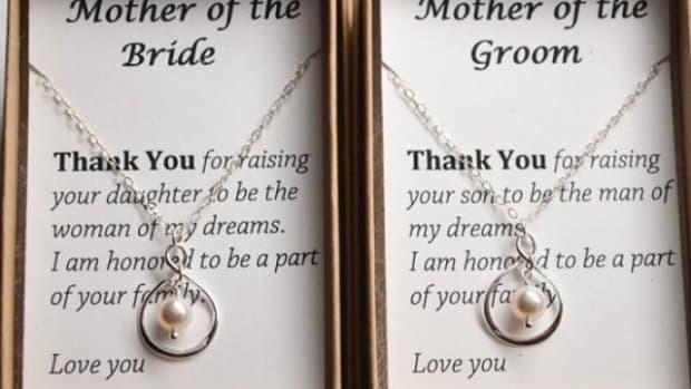 gift-ideas-for-the-mothers-of-the-bride-and-groom