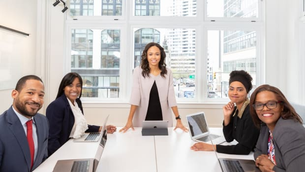 tips-to-get-your-boss-love-you-workwise