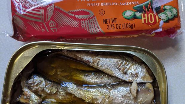 king-oscar-wild-caught-sardines-with-jalapenos