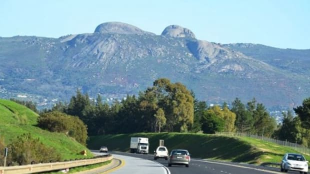 travel-in-south-africa-the-paarl