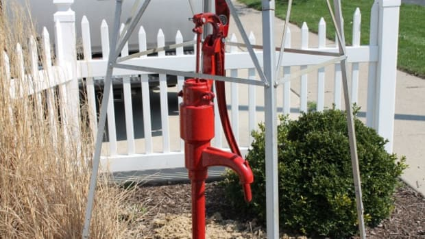 sustainable-agriculture-heller-aller-water-well-windmill-pumps-since-1886
