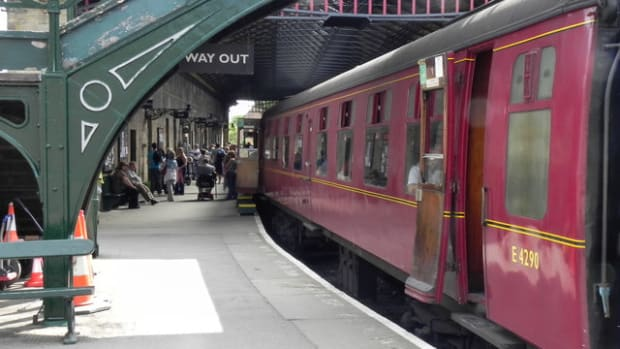 travel-north-13-railway-trips-in-the-eastern-dales-on-the-moors-and-durham-fell