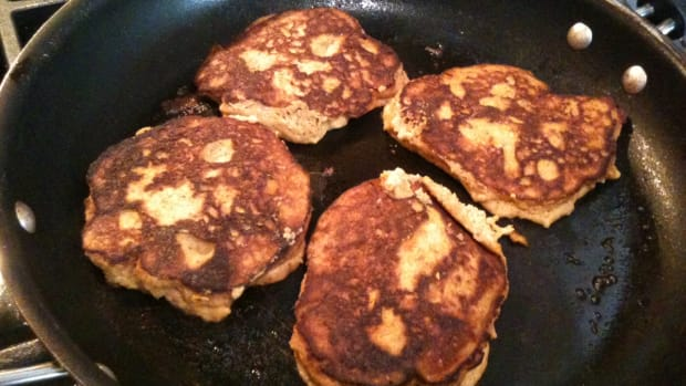 pumpkin-pancakes-for-fall