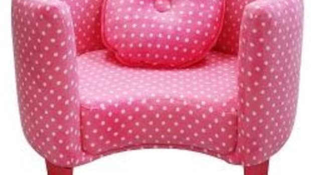 pink-chairs-for-girls