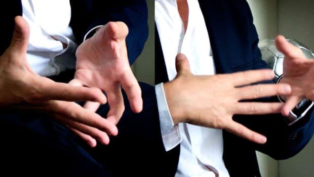body-language-eye-language-how-much-they-speak