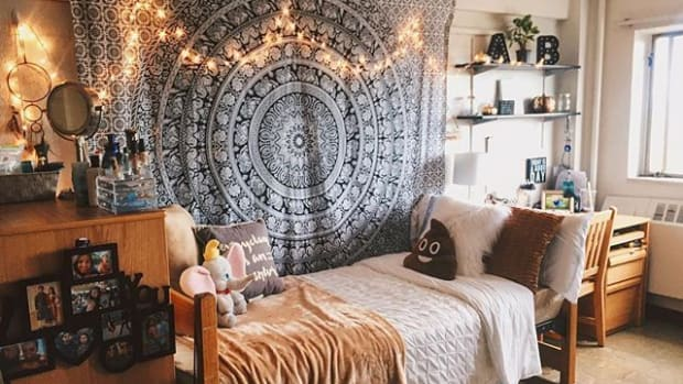 20-unique-things-every-dorm-needs-for-all-college-students