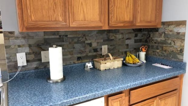 update-your-kitchen-economically-with-aspect-peel-and-stick-backsplash-tile