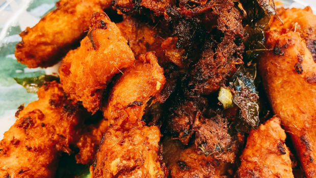 how-to-make-malay-style-curry-fried-chicken-ayam-goreng-berempah