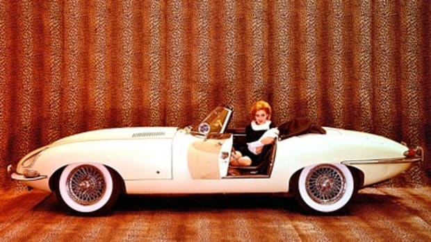 the-most-beautiful-car-ever-made-enzo-ferrari