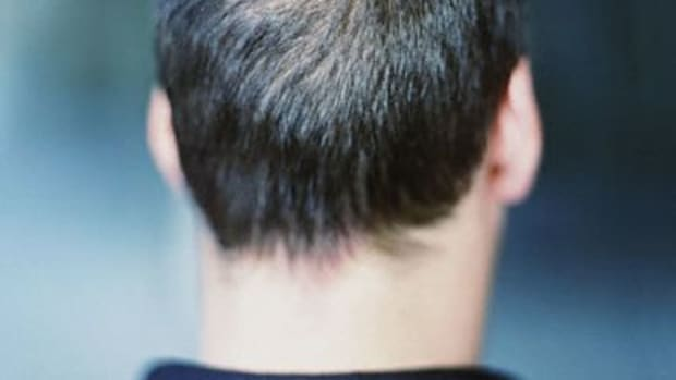 natural-ways-of-preventing-hair-loss-and-growing-thicker-hair