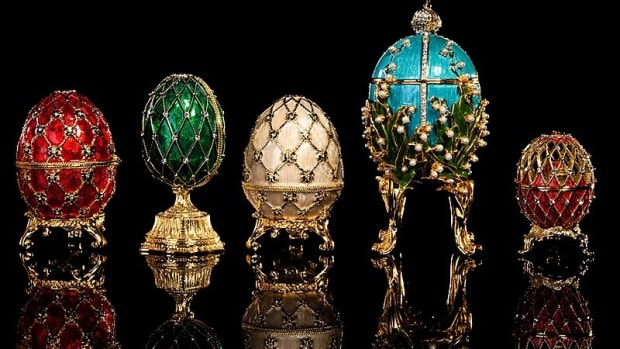 peter-carl-faberg-and-his-beautiful-eggs