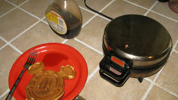 disney-waffle-maker