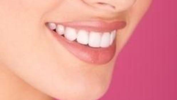 listerine-vs-plax-vs-scope-vs-crest-vs-act-what-is-the-best-mouthwash