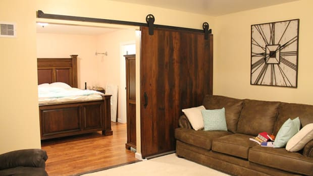 use-barn-style-sliding-doors-to-enhance-dcor-and-to-save-space