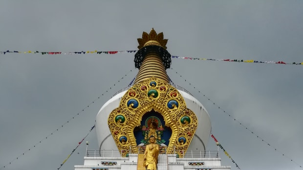 stupas-depicting-major-events-in-the-life-of-buddha-in-tibetan-buddhism