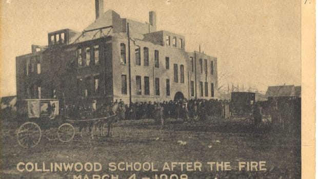 my-haunted-history-the-collinwood-school-fire