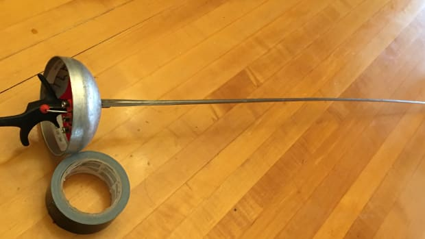 how-to-replace-an-electric-epee-blade