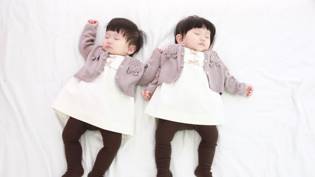 how-to-have-twins-without-fertility-treatments