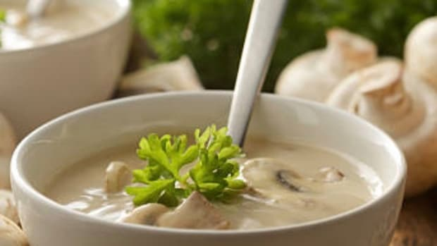 mushroom-soup-with-cream