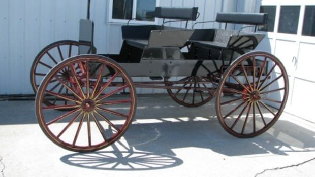 buckboard-wagons-you-can-still-purchase-an-amish-full-size-or-scaled-version-buckboard-wagon