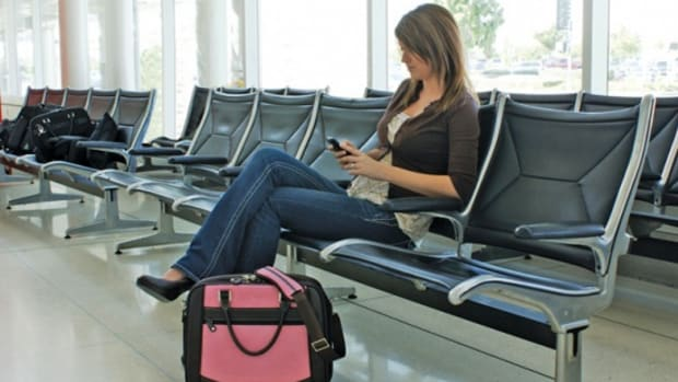 tips-and-information-for-women-traveling-alone