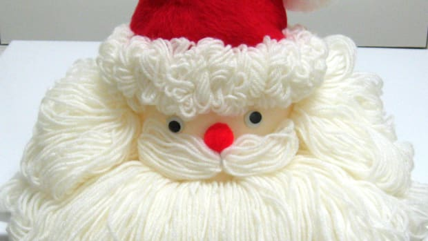 make-a-bleach-bottle-santa-face
