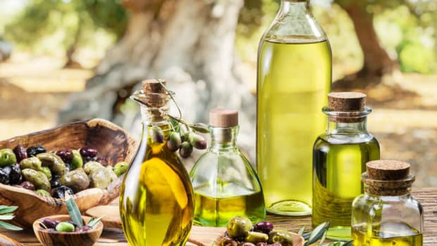 olive-oil-to-prevent-hairloss-or-imrove-hair-growth