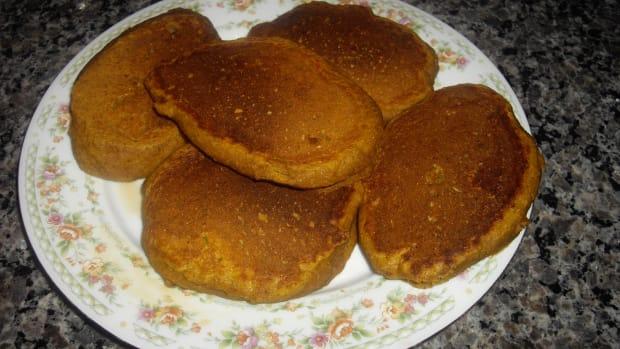 fluffy-pumpkin-pancakes